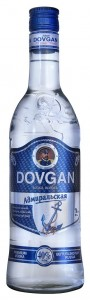 A3035_Dovgan_bottle_face-on